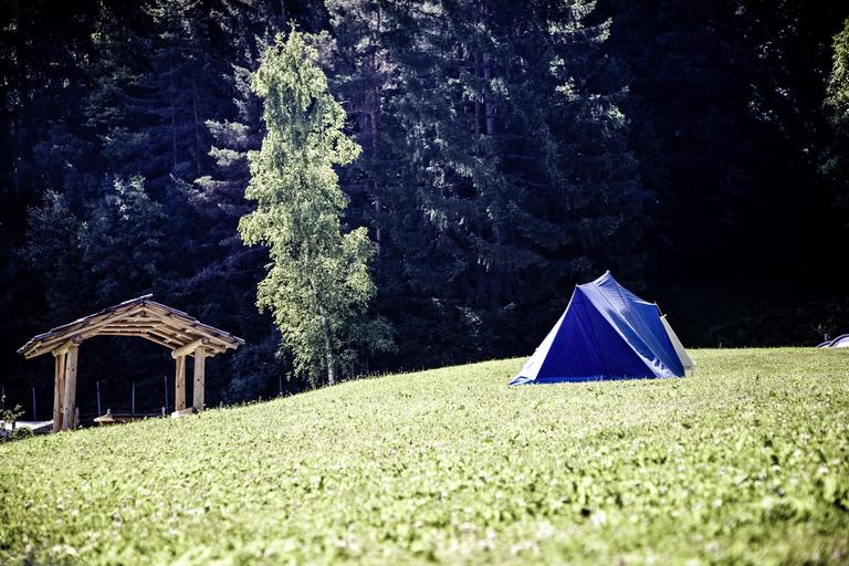 stan na zahradě.jpg